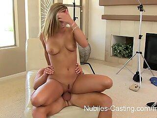 Teen hottie desperate to do porn