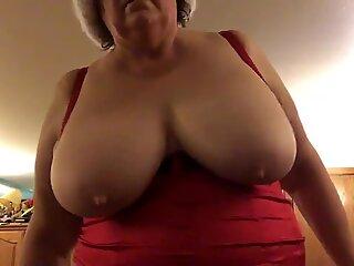 Jiggle boobs
