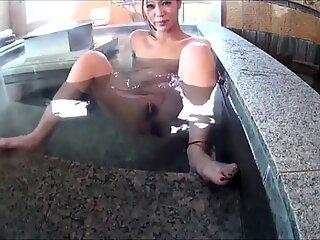 Japanese Girl Farting in Water
