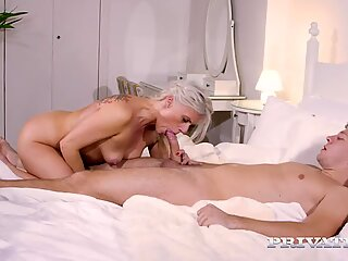Private.com MILF Takes Anal Therapy - Brittany Bardot