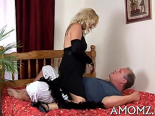 Mama craves for unfathomable penetration