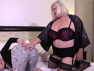 LACEYSTARR Making Use of a Freshly Subbed Blonde